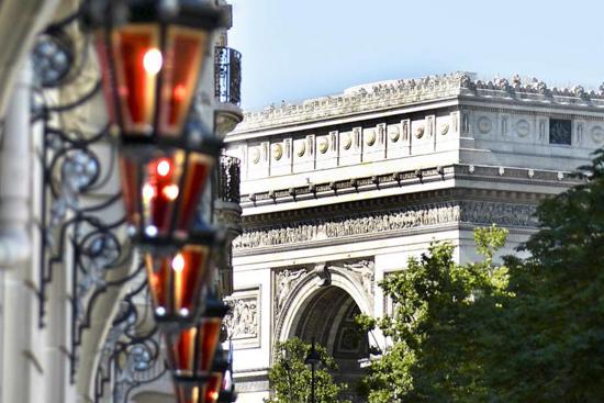 Boutique Luxury Hotel in Paris – Le Royal Monceau Raffles – Luxury Hotel Paris