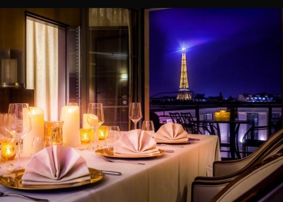 L'Hotel du Collectionneur Arc de Triomphe Paris – 5 star Luxury Spa Hotel