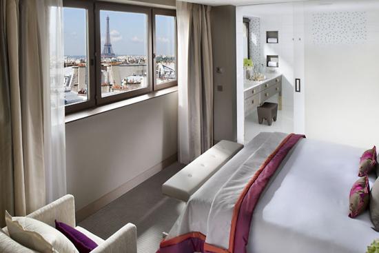 Luxury Hotels Paris Located on rue Saint Honoré Mandarin Oriental Paris is one of the best 5 star hotels in Paris luxury hotels in Paris
