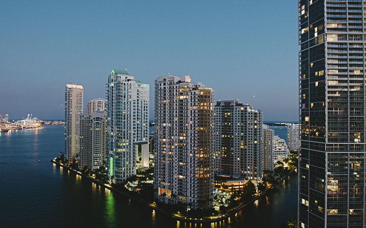 Epic hotel luxury hotel - Boutique Hotel Miami - Downtown Miami Luxury Hotel