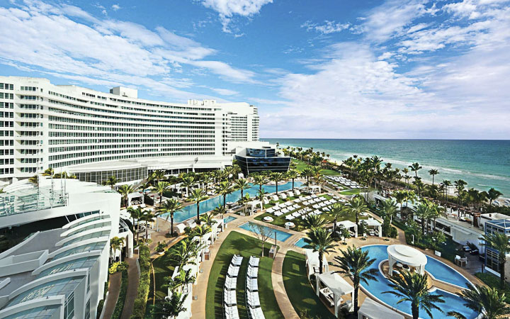 Fontainebleau Miami Beach | Miami Beach Luxury Hotels & Resorts - luxury rooms