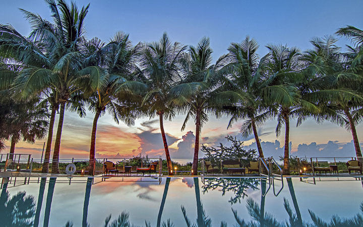 Luxury Miami Beach Resort & Spa   Carillon Miami Wellness Resort - luxury ocean front pool
