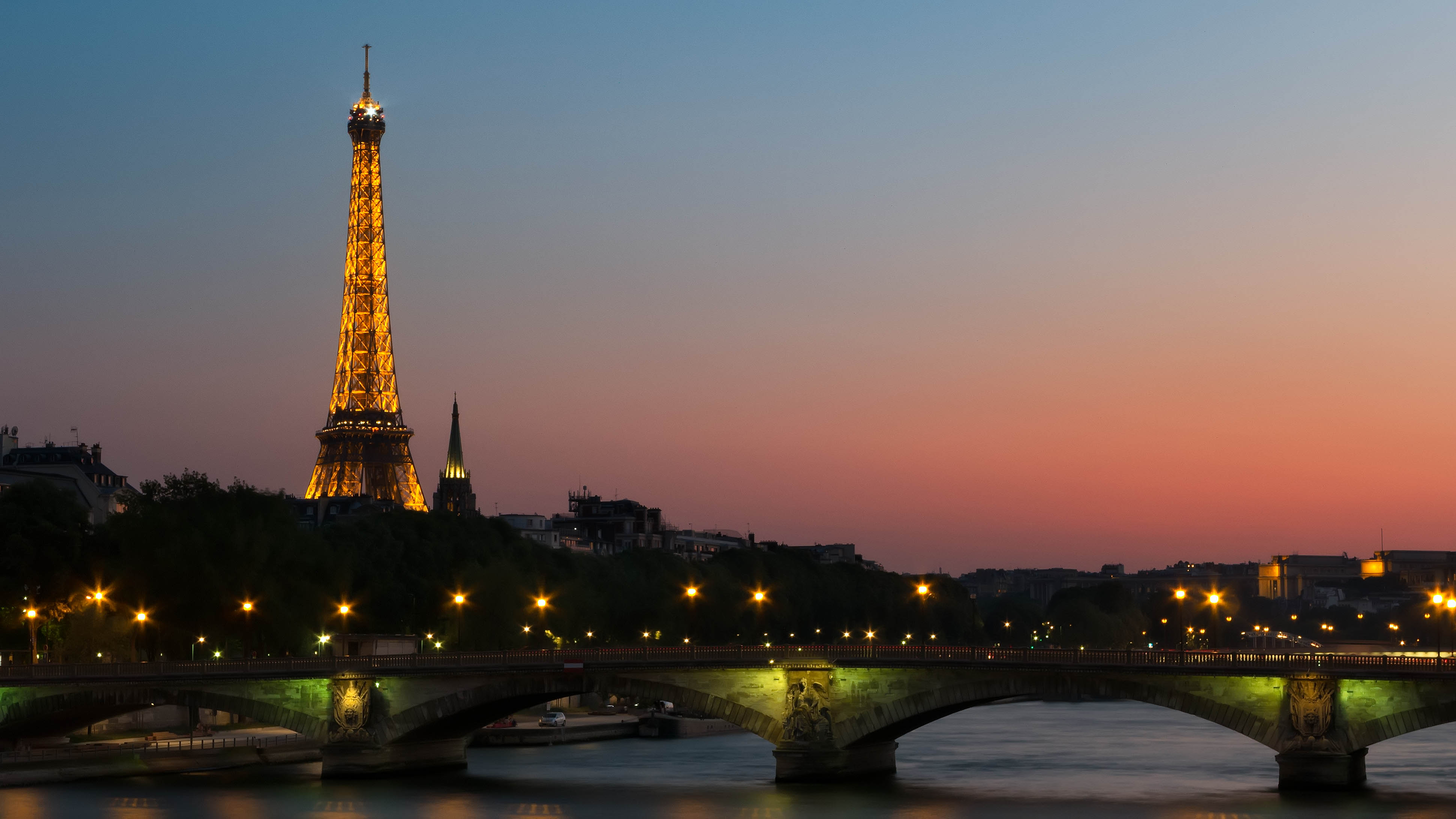Paris Hotels, Most Expensive Luxury Hotels, Best Luxury Hotels in Paris.